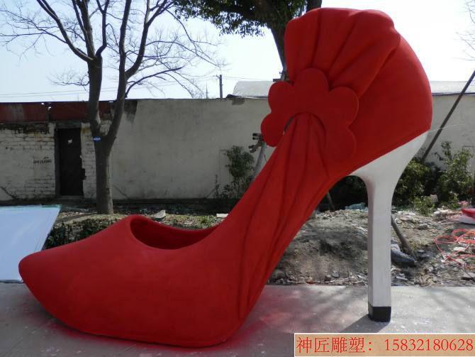 高跟鞋雕塑11